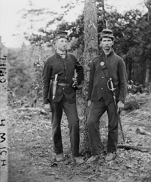 Two unidentified members of the Fourth Michigan Infantry