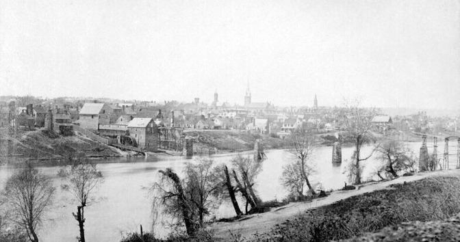 Timothy O'Sullivan's Fredericksburg (NA)